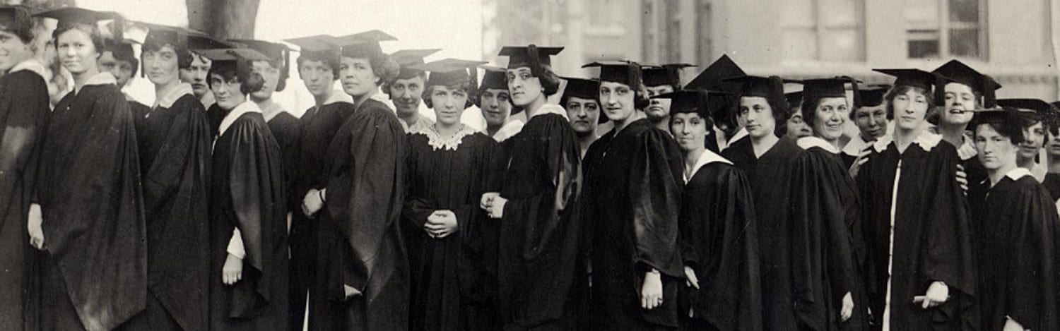 Women graduates after the ceremony in 1920